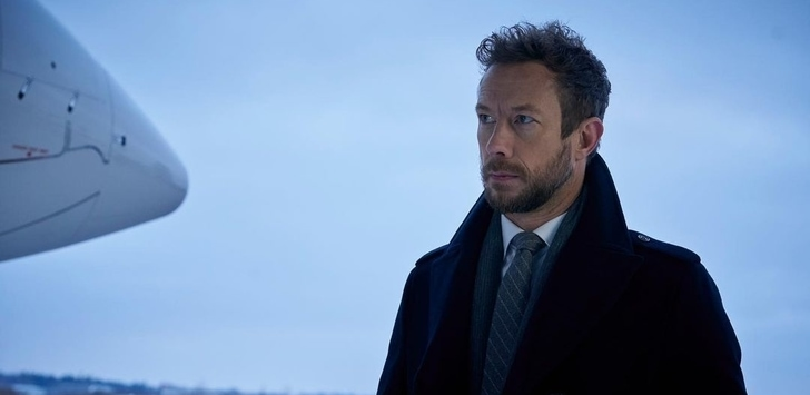 Kris Holden-Ried in the set of Departure