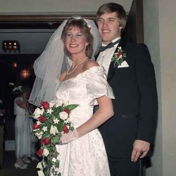Janet Elway and John Elway on their wedding day.